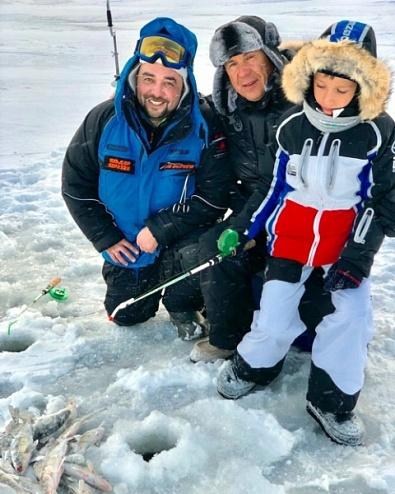 Рустам Минниханов вместе с сыном наловил бершей