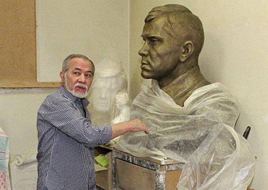 Более 10 лет Министерство культуры РТ не забирает памятники, оплаченные из бюджетных средств