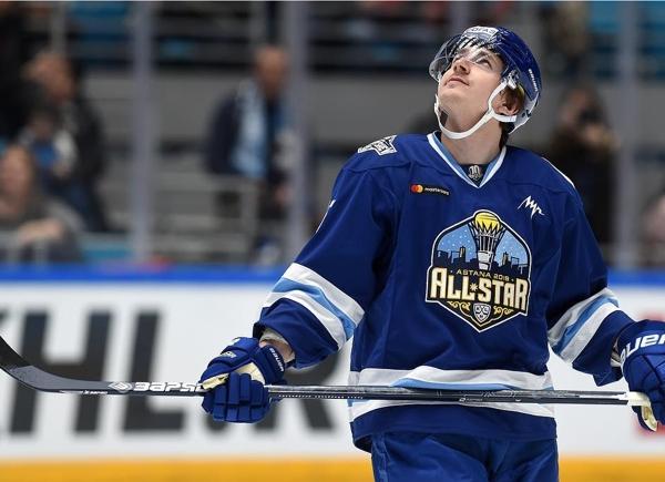 Челнинские клюшки вызвали вопросы у хоккейных арбитров