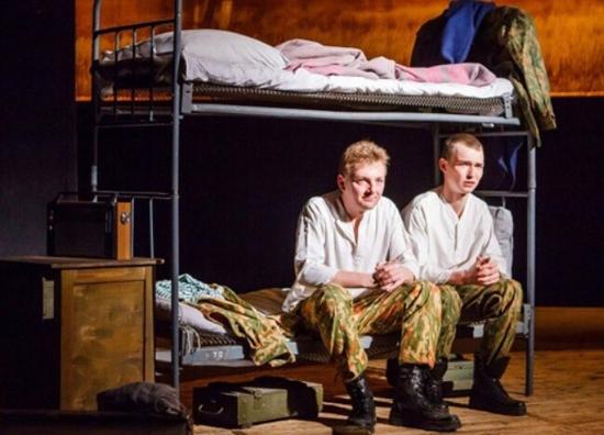«Солдатики» марийского театра на сцене «Мастеровых»