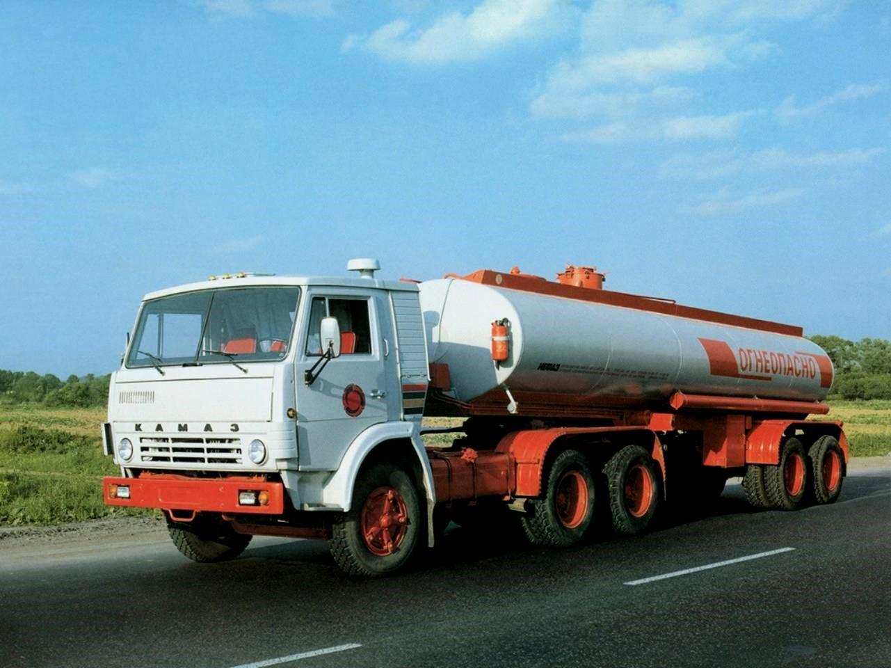 Автомобилю КАМАЗ-5410 - 39 лет!
