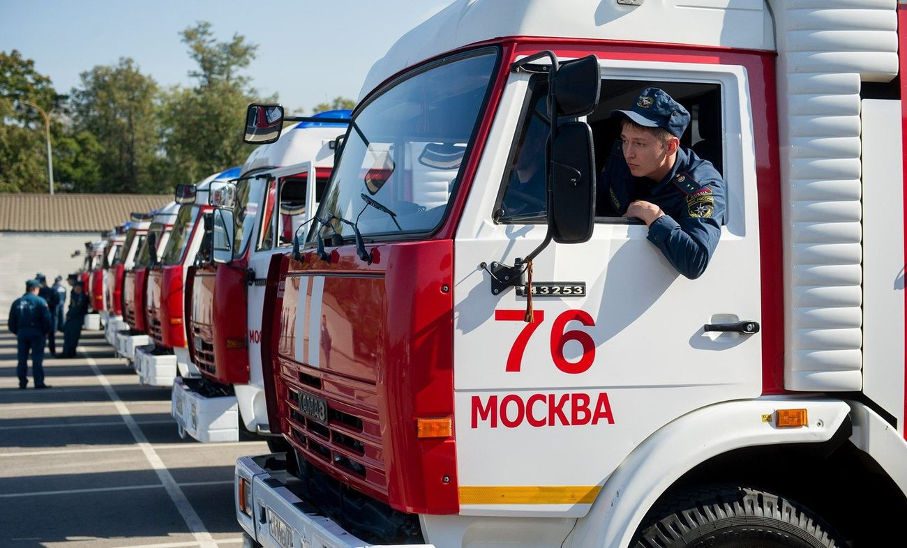 Московские пожарные соревнуются на КАМАЗах