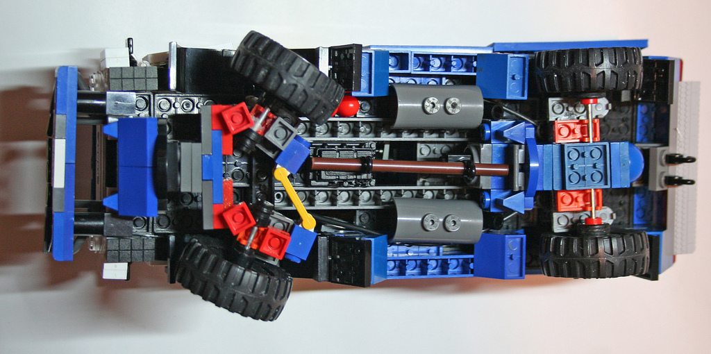 Модель автомобиля «КАМАЗ-мастер» (ручная работа)