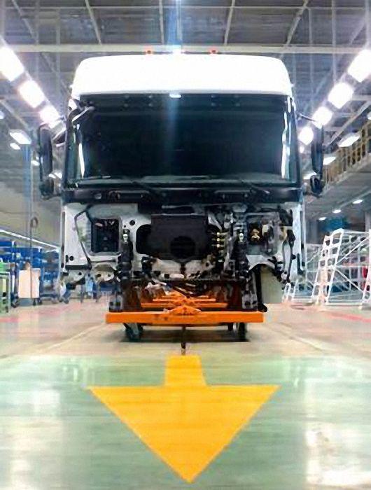 Новая кабина на новом сборочном конвейере Автосборочного завода «КАМАЗ»