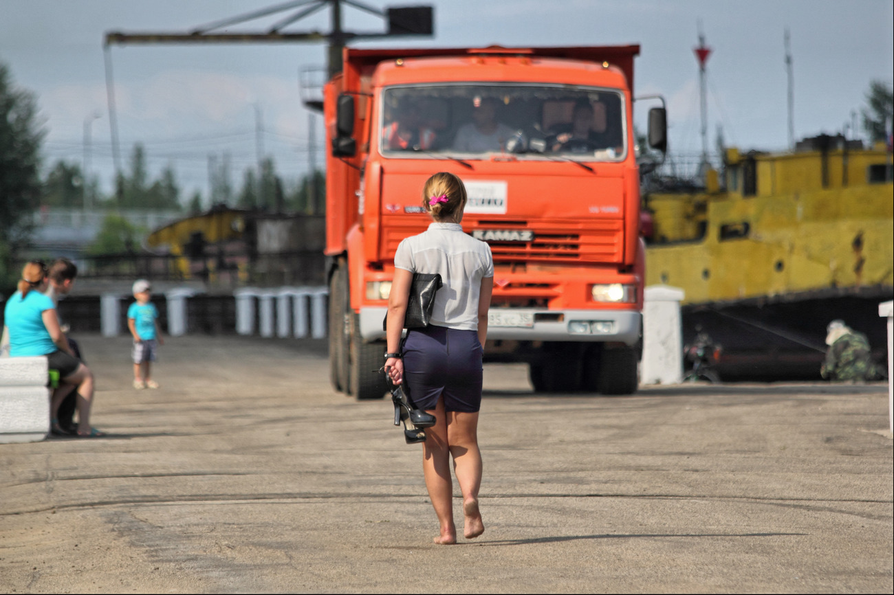 Славег - Про красный КАМАЗ.jpg
