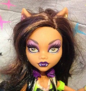 I heart fashion clawdeen faceup