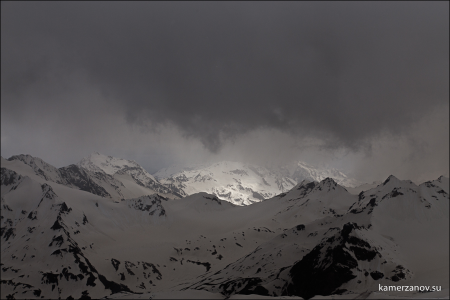 Elbrus LJ-051