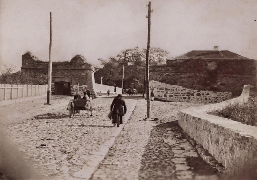 Городские ворота до 1885