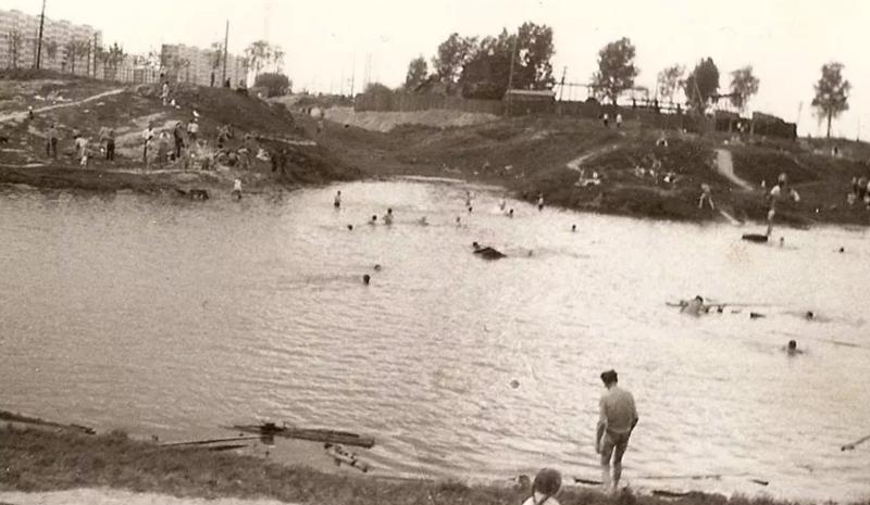 Муринский ручей у плотины в 1968 году