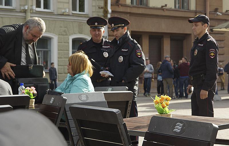 Полицаи докопались до адвоката DSC00632 сеть 800
