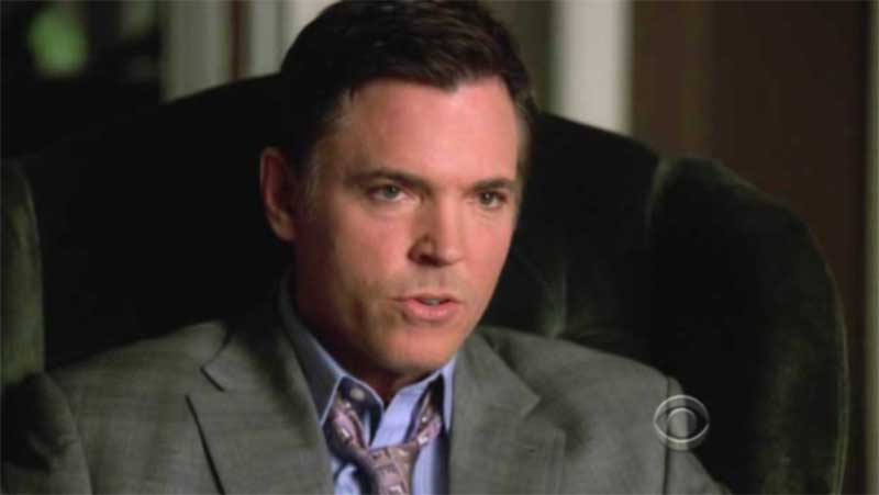 Nick Lea in Without A Trace, 7x21, cap073