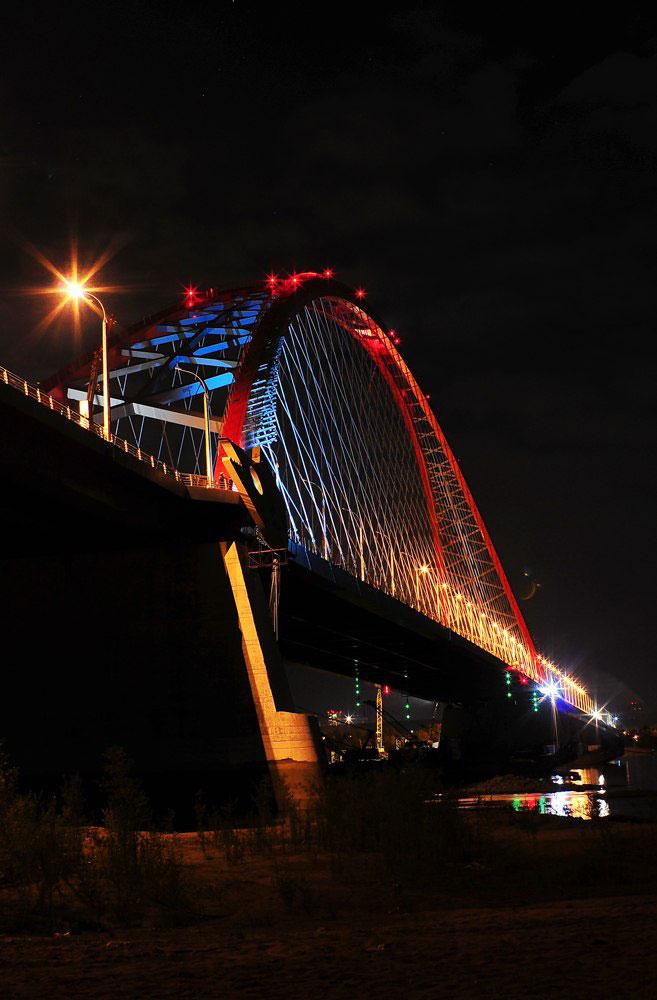 Бугринский мост ночью