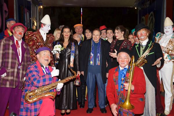Princess+Stephanie+39th+International+Circus+G9IeTSaLU7Wl