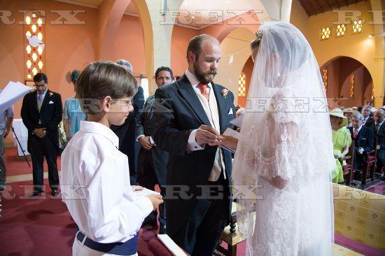 http://ic.pics.livejournal.com/kapenot88/65584176/127532/127532_600.jpg