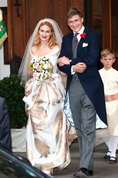 Wedding+Maria+Theresia+Princess+von+Thurn+v-nL5cB5eU-l