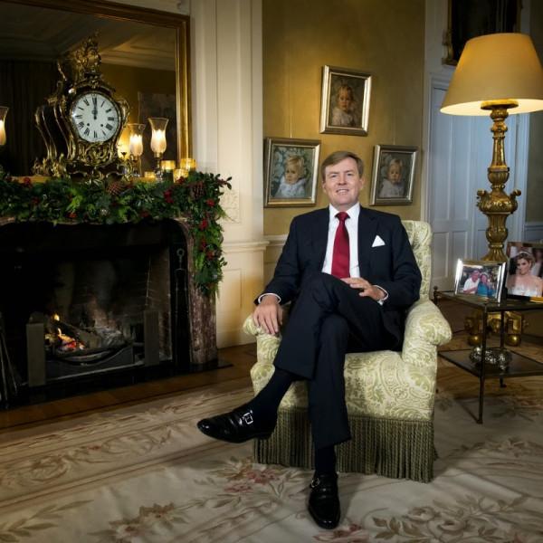 King+Willem+Alexander+Delivers+First+Christmas+b7PBtMU_c3Jx