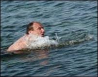 Подвыпивший водитель уплыл в море от дорожных инспекторов