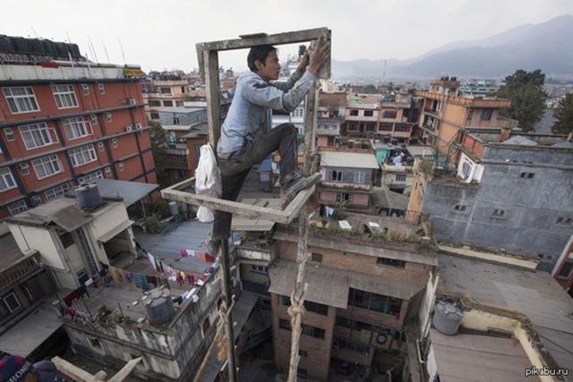 Монтажники-высотники из Катманду