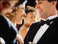 Ученые советуют искать мужа согласно размеру одежды