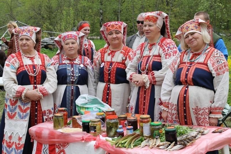 Ижорские женщины, село Вистино