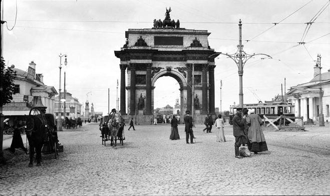 Триумфальная арка фото Мюррея Хоу 1909 год