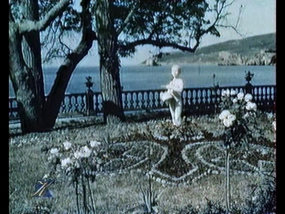 Кадр из документального фильма об Артеке У теплого моря 1940 год