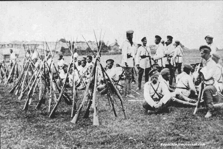 38-й драгунский Драгунский полк на учениях под Можайском 1885 год  2
