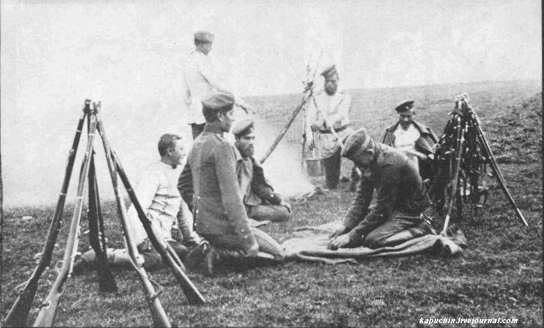Драгунский полк на учениях под Можайском 1885 год  3