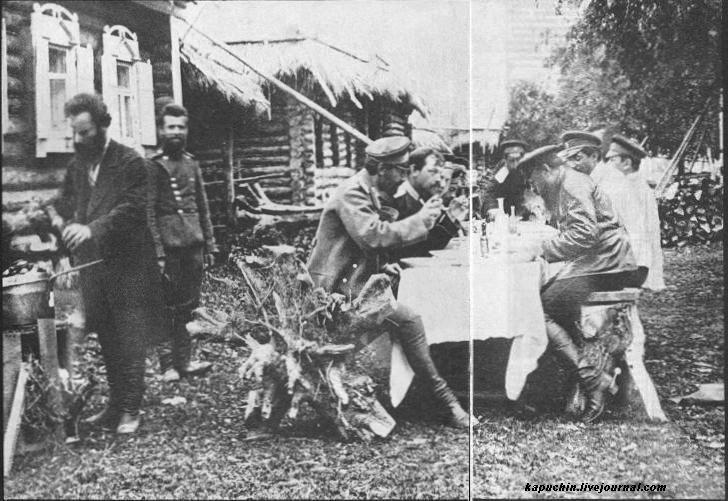 Драгунский полк на учениях под Можайском 1885 год  7