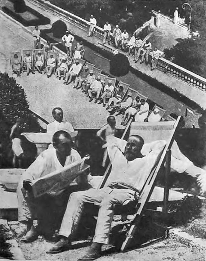Крестьянский курорт Ливадия нач . 1930-х годов (2)