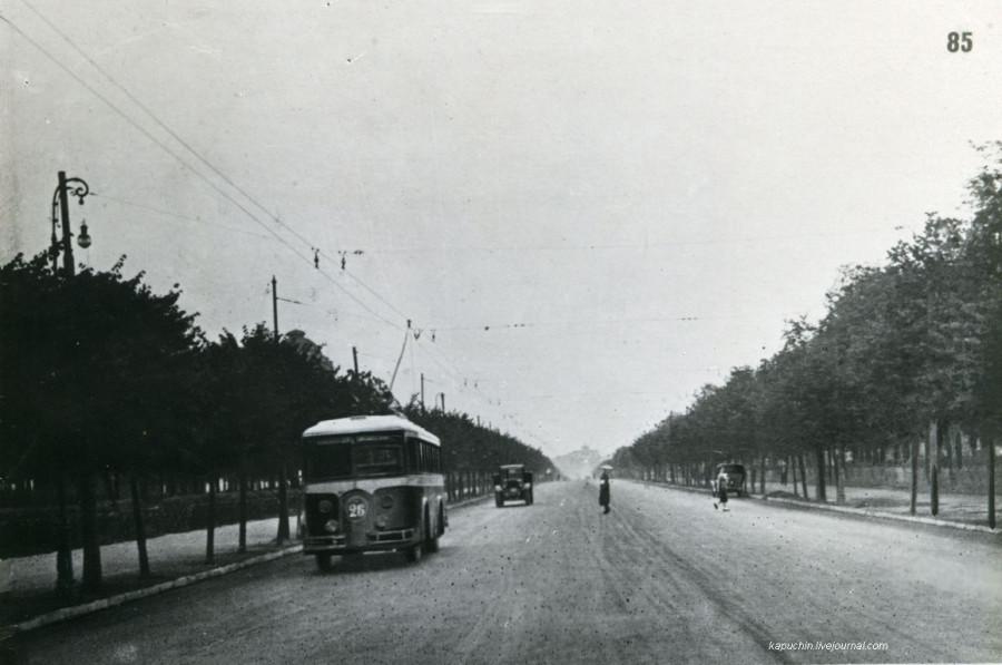 Троллейбус на Ленинградском шоссе 1930-е