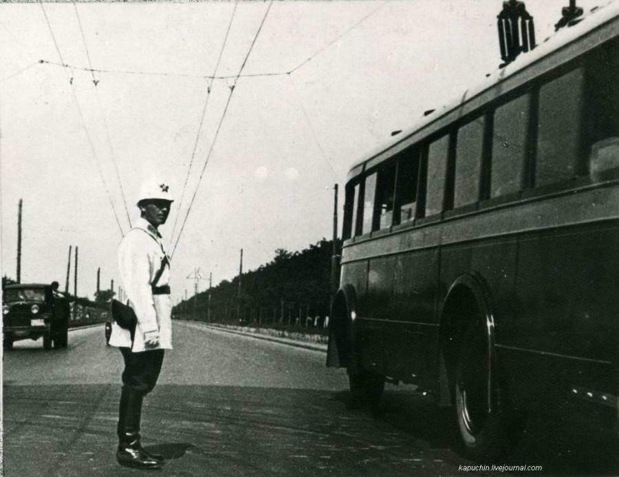 Троллейбус на Ленинградском шоссе 1930-е 2