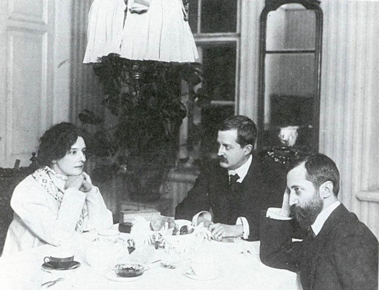 Зинаида Гиппиус,  Дмитрий Философов,  Дмитрий Мережковский, фото 1914 года