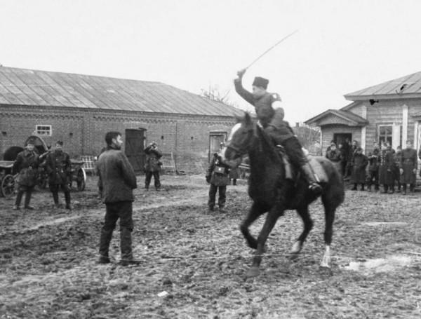 the_execution_of_soviet_partisans_6_7pygz5v3j008c0gkooggkowws_ejcuplo1l0oo0sk8c40s8osc4_th