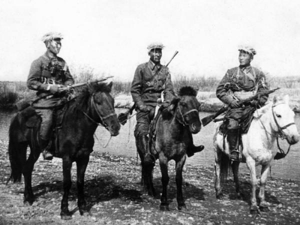 Монгольские кавалеристы