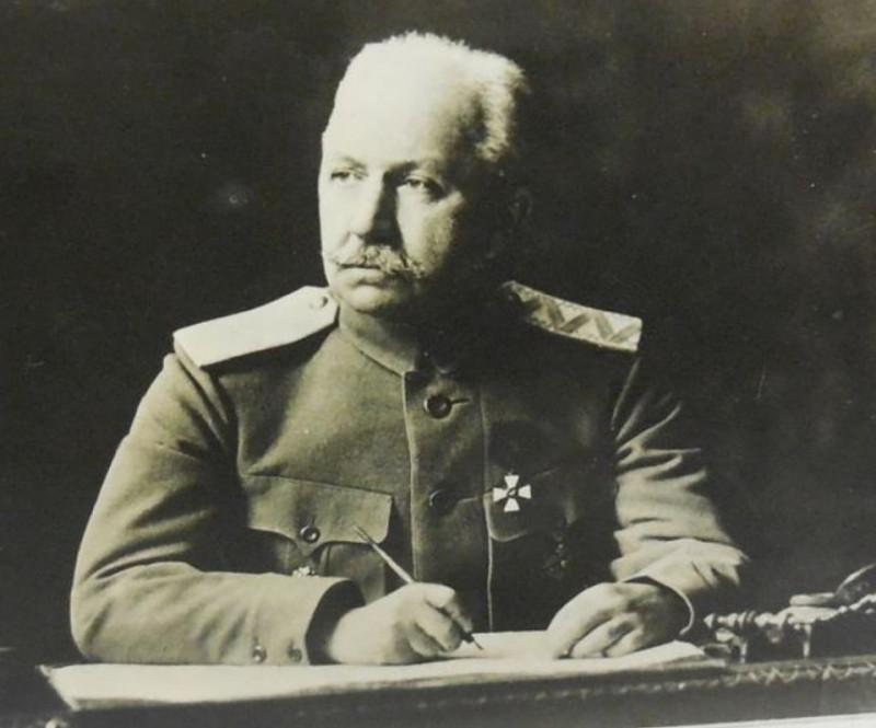 Войсковой Атаман, глава государства Всевеликое Войско Донское П.Н. Краснов.