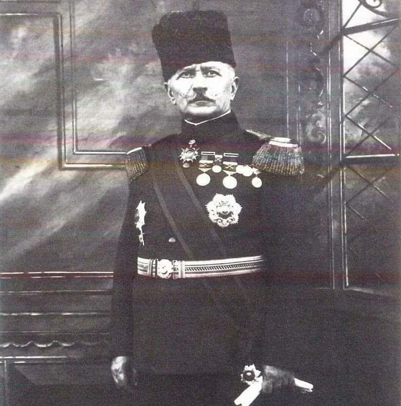 Омар Фахреддин паша.