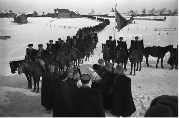 Кавалеристы 2 гвард. кав. корпуса