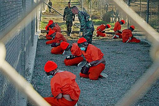 прибытие задержанных в гуантанамо; национальная безопасность США