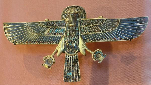 800px-Egypte_louvre_091_aigle