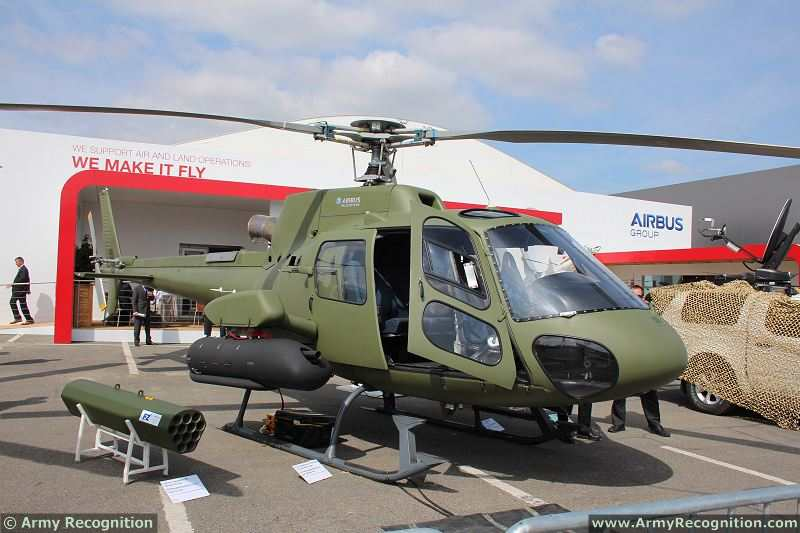 Eurosatory_2014_live_demonstration_press_day_International_defense_and_security_exhibition_Paris_France_094