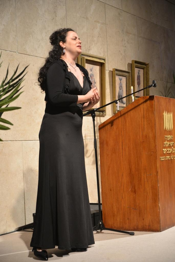 Opera-Press-conference2 арию Тоски исполняет Ирина Бертман- 2-02-15 Фото  © Елена Запасская