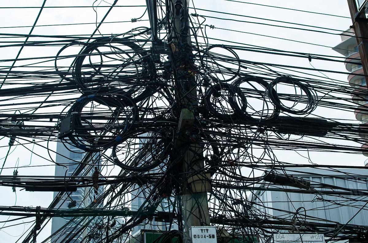 картинки провода и здания легче