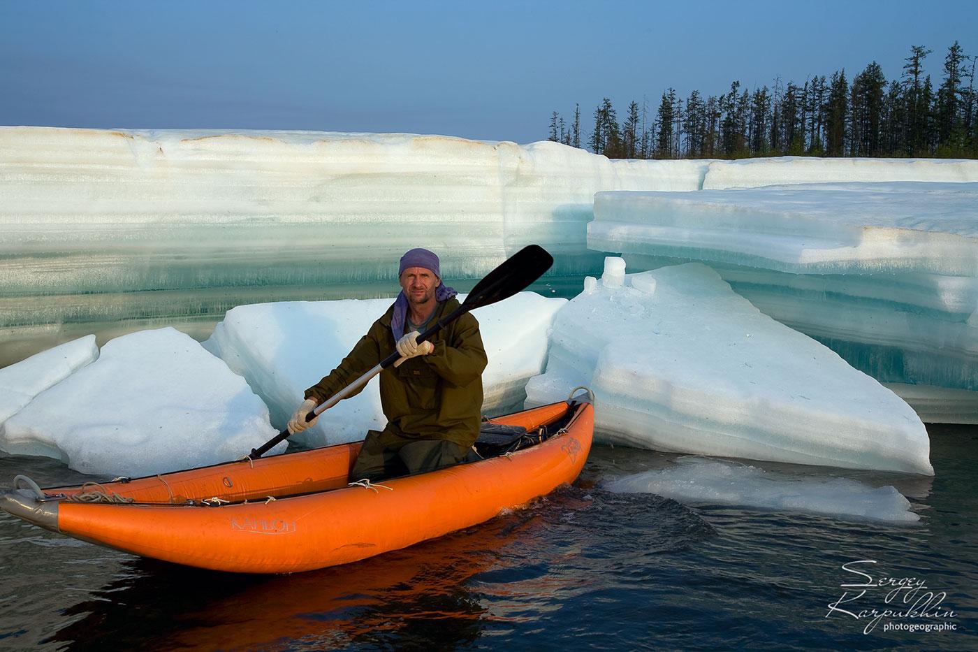 Ледяное лето  в Якутии. Крупнейшая речная наледь мира Улахан-Тарын.