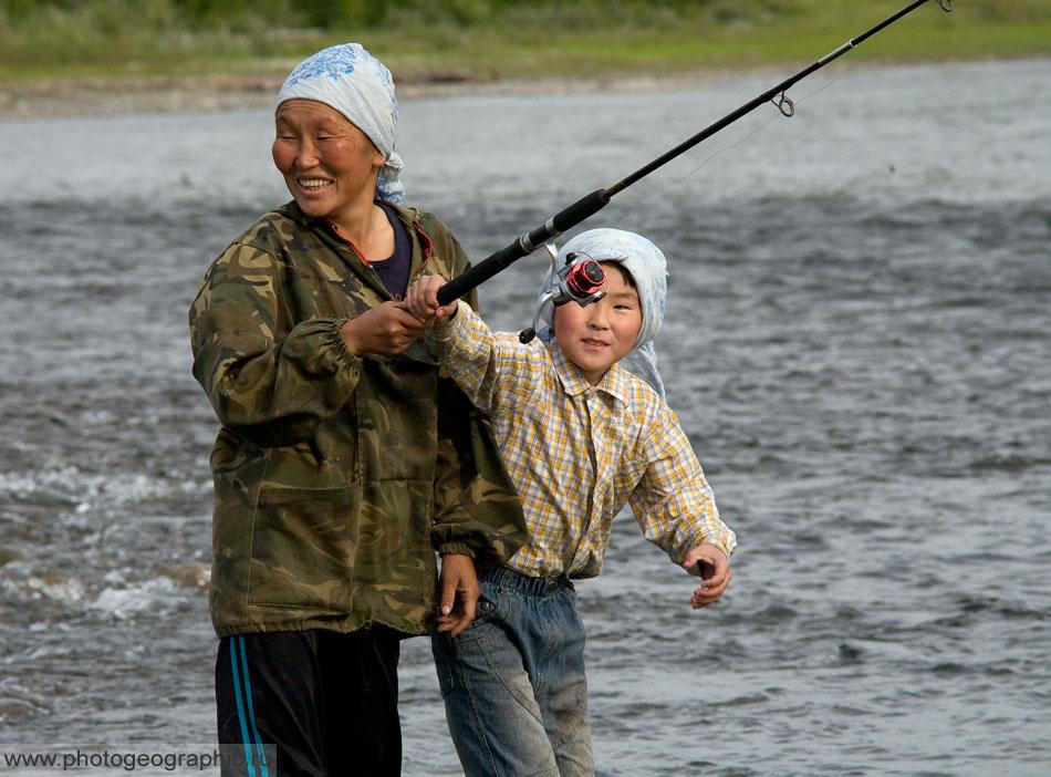 видео рыбалка в нерюнгри