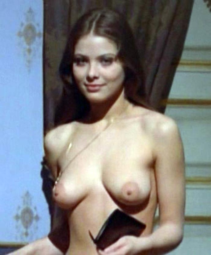Голая орнелла мути порно фото