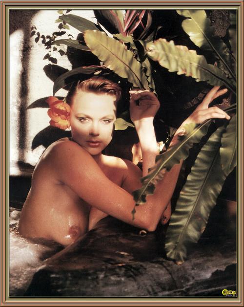 Brigitte Nielsen---00008_m
