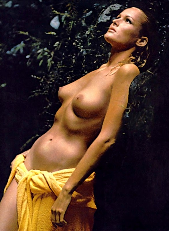 ursula-andress-golaya