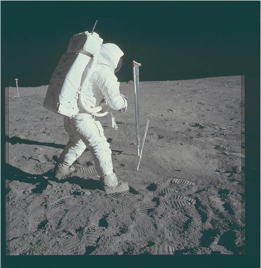 Apollo 11 Magazine 40S (v2)  Flickr - Photo Sharing! - Maxthon Cloud Browser 4.4.6.100099