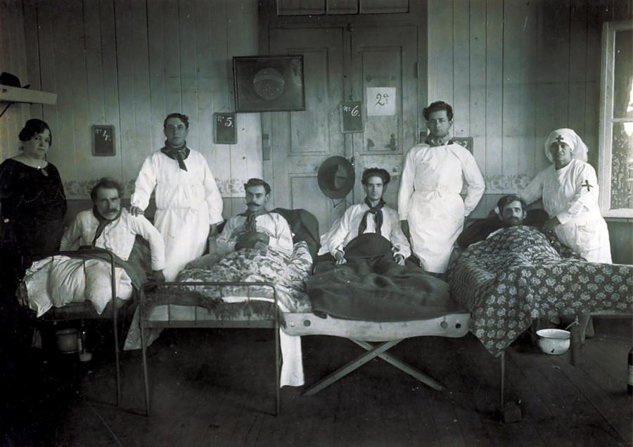 wpid-smertonosnaya-pandemiya-grippa-ohvativshaya-mir-v-1918-godu_i_6